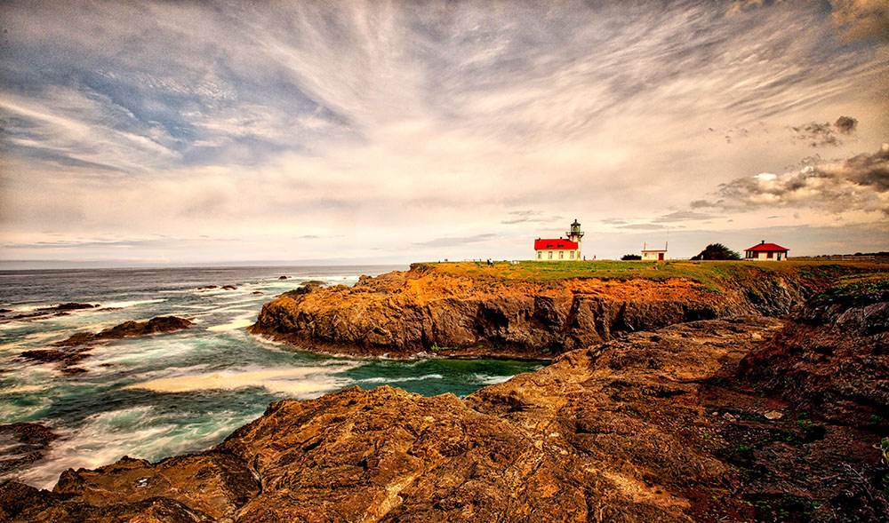 03_Lighthouse Distant2_HDR_1000px.jpg