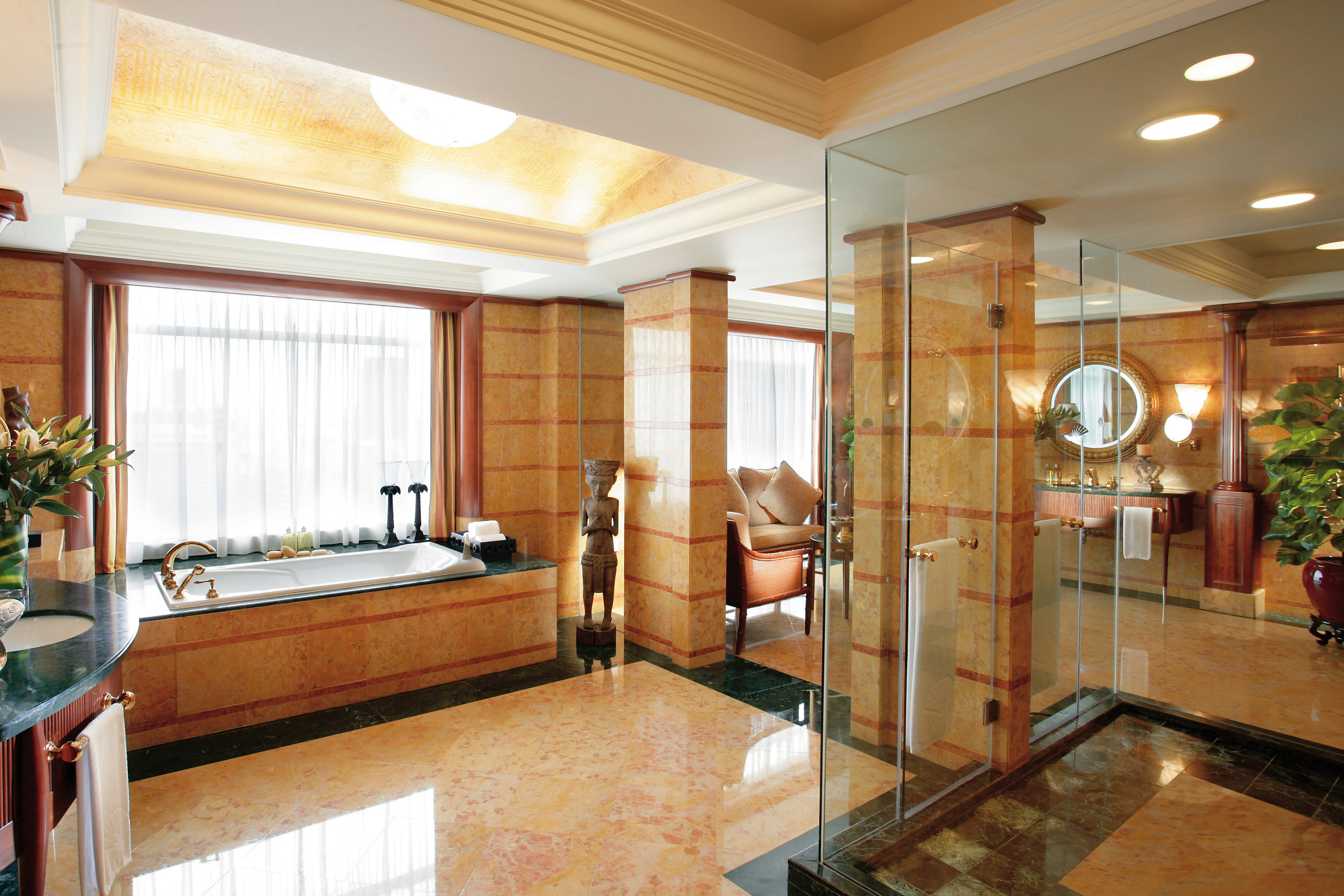 kuala-lumpur-suite-presidential-suite-bathroom-1.jpg