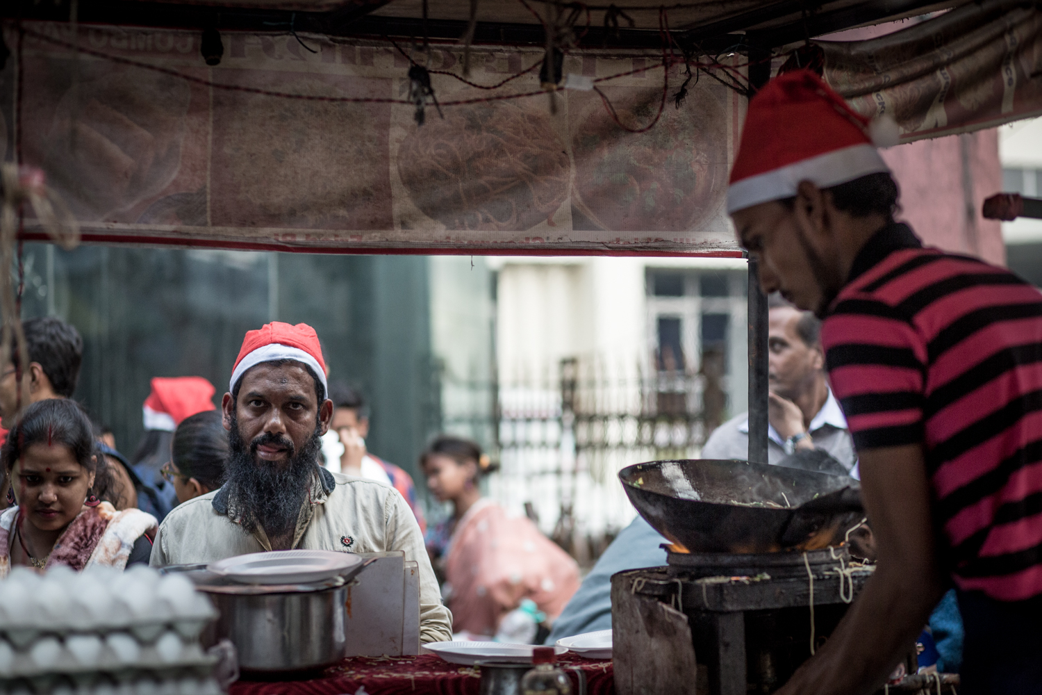 Street food stands, always popular in India, were especially busy on Christmas.