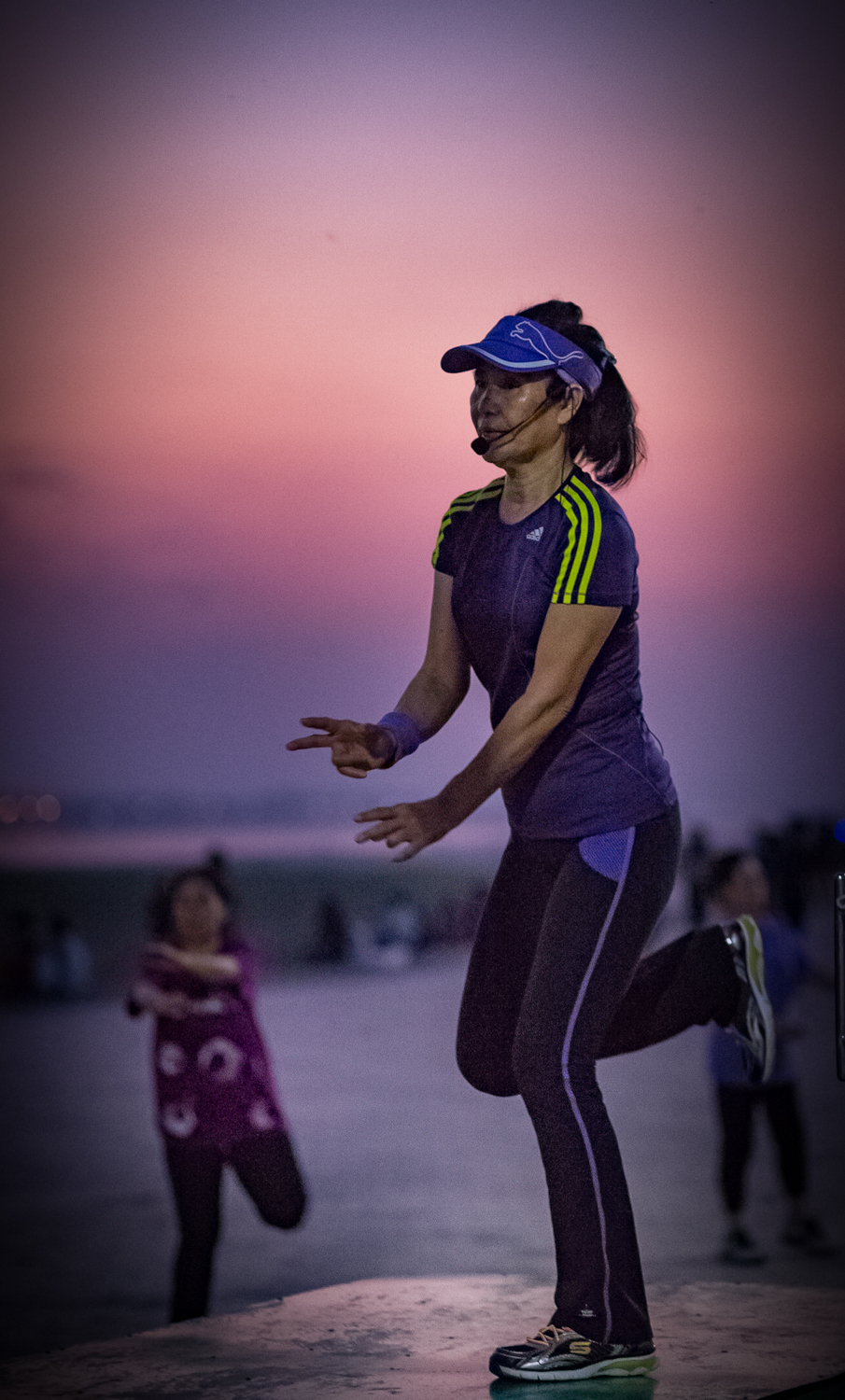 Every evening group fitness sessions are held on Vientiane's riverside promenade.