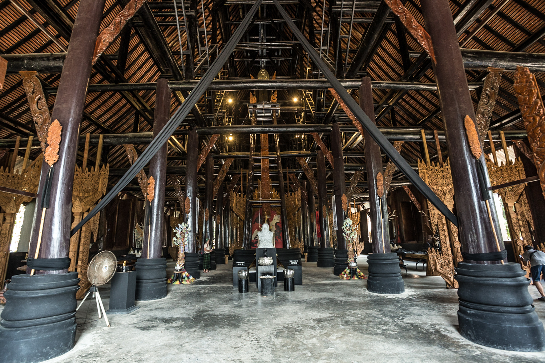 Inside the Baan Dum's centerpiece edifice.