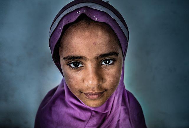 Addis Ababa, Ethiopia (August, 2017) #ethiopia #portrait #color #africa #addisababa #girl #muslim