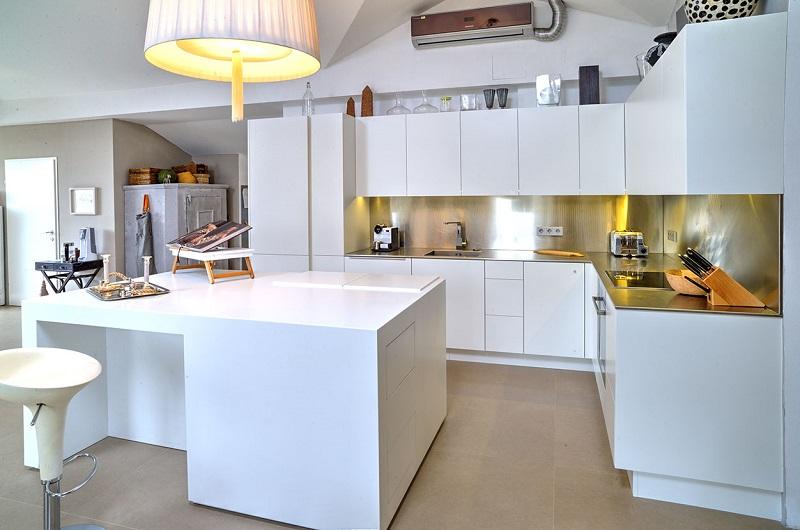 01_exklusives Küchendesign_02.jpg