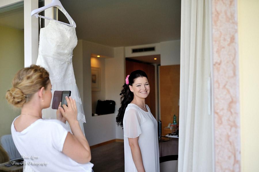 3-Annartstyle-Destination-Wedding-Hair-and-Make-Up-Artist-Malcesine-Lake-Garda-Italy.jpg