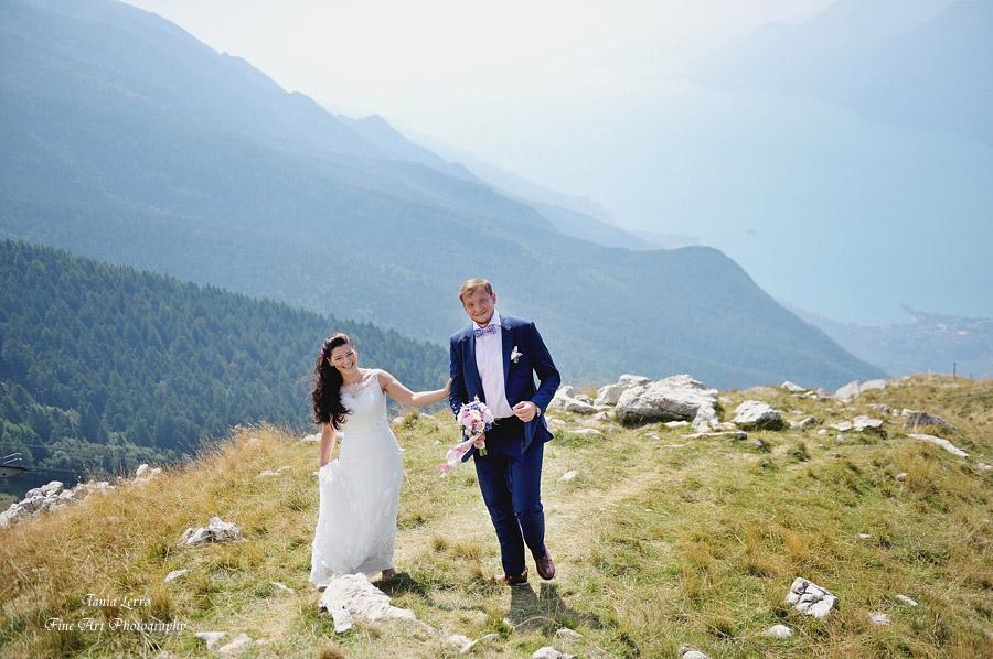 6-Annartstyle-Destination-Wedding-Hair-and-Make-Up-Artist-Malcesine-Lake-Garda-Italy.jpg