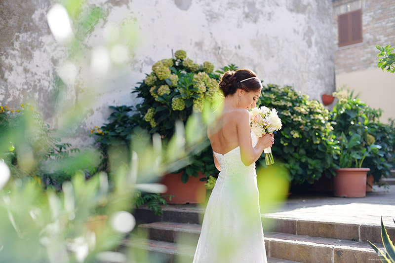 9-how-to-obtain-the-best-results-from-your-wedding-make-up-and-hairstyle-annartstyle-news.jpg