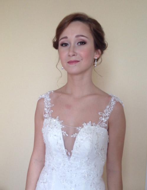 1-russian-wedding-hairstyle-and-bridal-make-up-lake-garda-malcesine-annartstyle-news.jpg