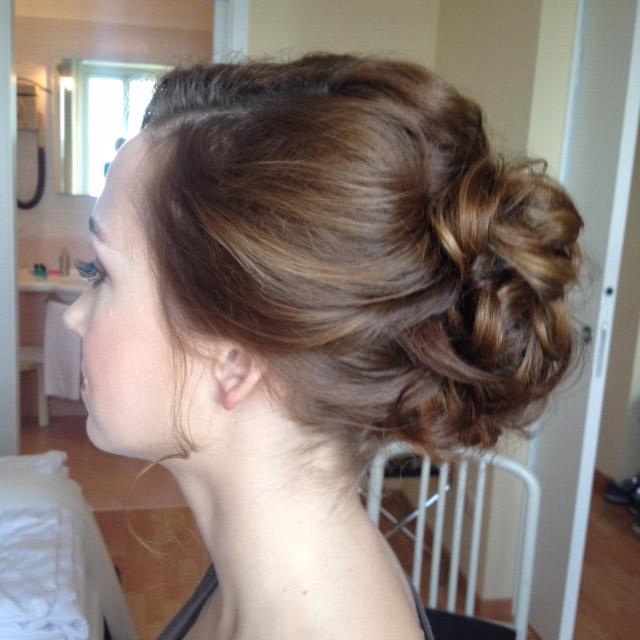 8-russian-wedding-hairstyle-and-bridal-make-up-lake-garda-malcesine-annartstyle-news.jpg