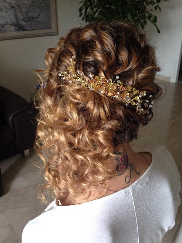 1-useful-tips-for-curly-hair-annartstyle-news.jpg