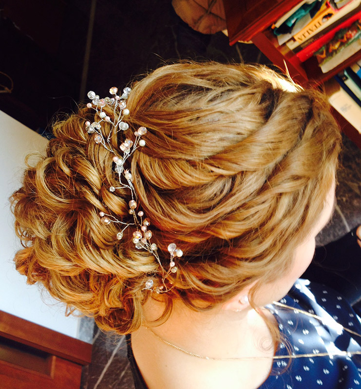 6-useful-tips-for-curly-hair-annartstyle-news.jpg
