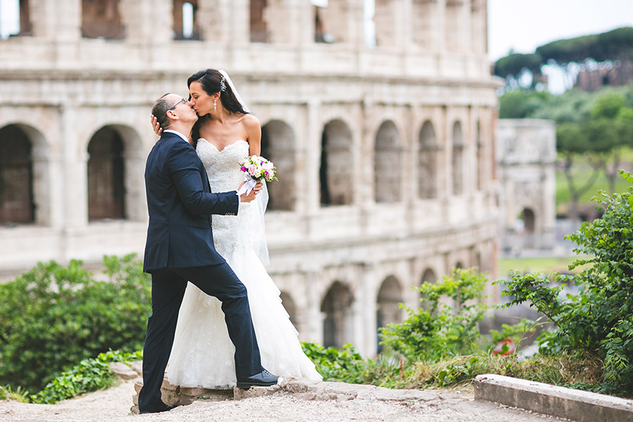 2-Rome-Destination-wedding-Italian-Russian-bridal-Annartstyle-Make-up-Artist-Italy.jpg