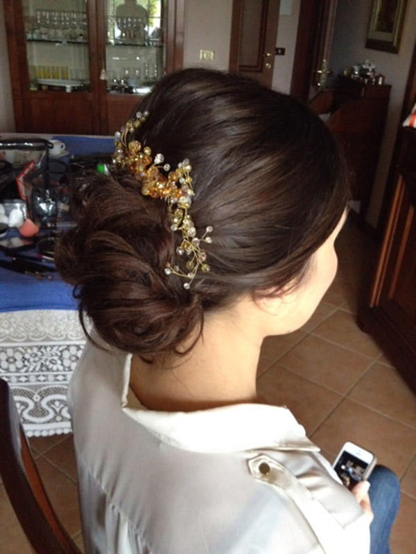 9-professional-make-up-and-hairstyling-for-Asian-women-annartstyle-news .JPG
