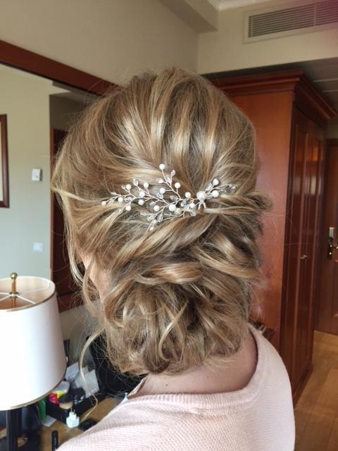 12-bridal-hair-trends-summer-2018-annartstyle-news.JPG