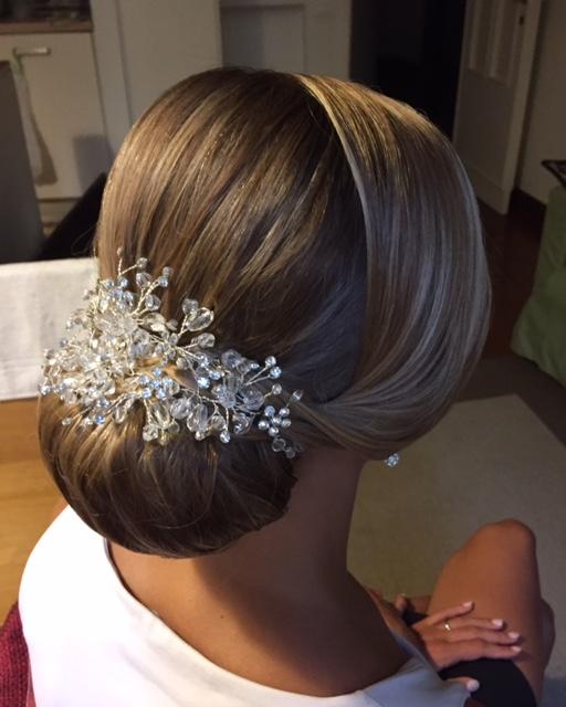 14-bridal-hair-trends-summer-2018-annartstyle-news.jpg
