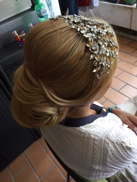 22-bridal-hair-trends-summer-2018-annartstyle-news.JPG
