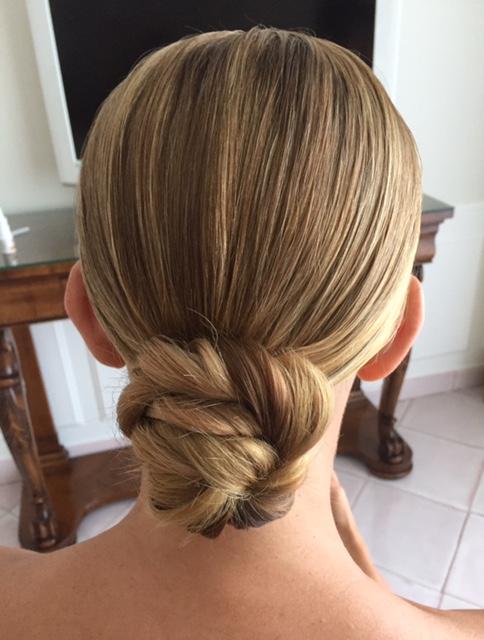 25-bridal-hair-trends-summer-2018-annartstyle-news.jpg