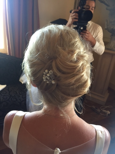 32-bridal-hair-trends-summer-2018-annartstyle-news.JPG