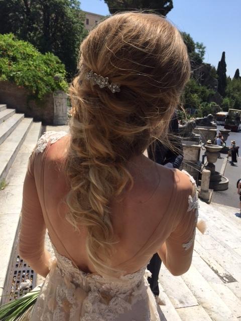 42-bridal-hair-trends-summer-2018-annartstyle-news.JPG