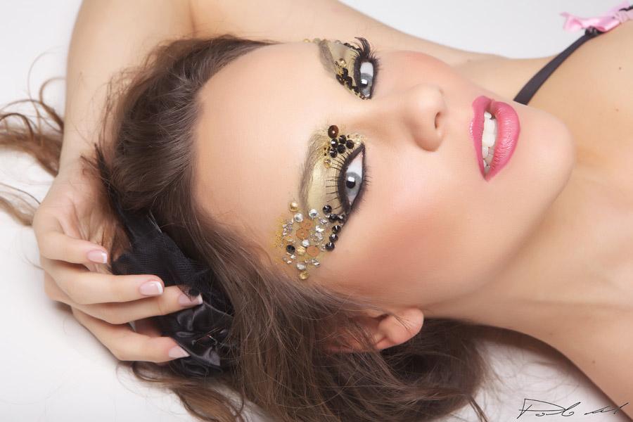 1-Portfolio-Annartstyle-Professional-MUAH-Fashion-Photo-Shoot-Make-Up-Artist-Italy-Rome.jpg