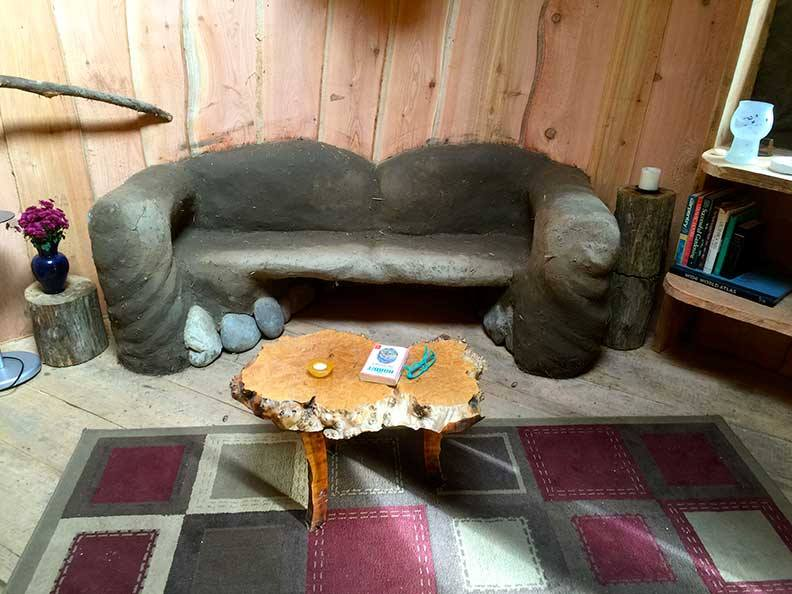 Mud couch