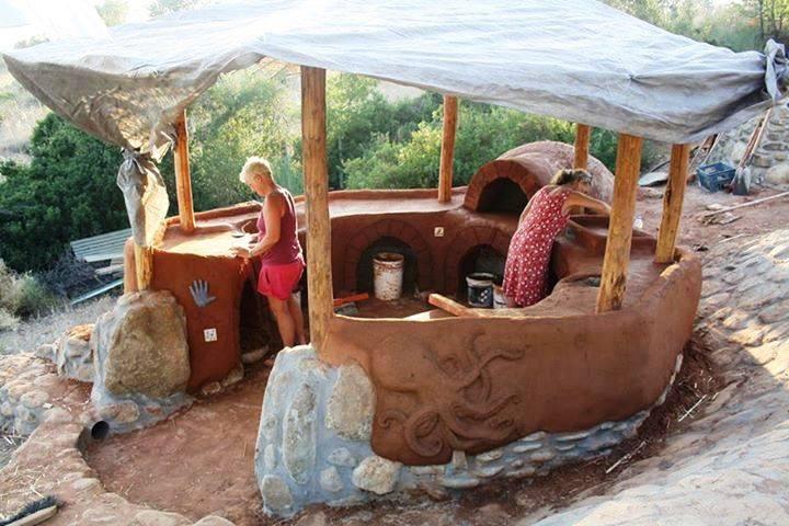 Outdoor Earthen Kitchen (1).jpg
