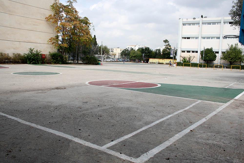 es-parkinglot3.jpg