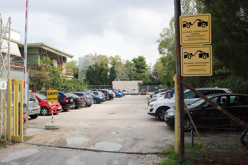 parkinglot2.jpg