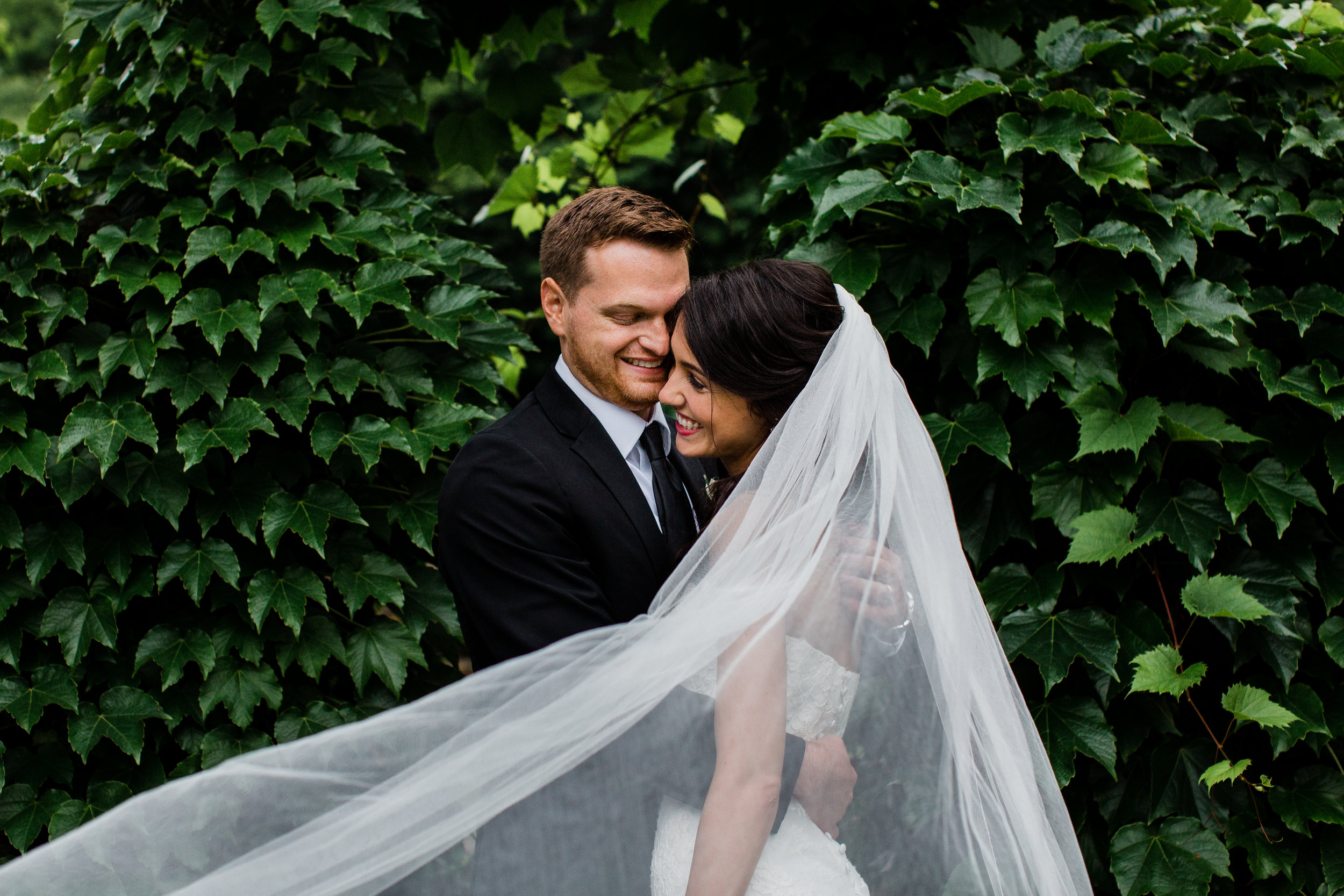 JAG STUDIOS Wedding & Portrait photographer  EDITING LEVEL: BASIC+ Preset: Client based WE EDIT: Full galleries