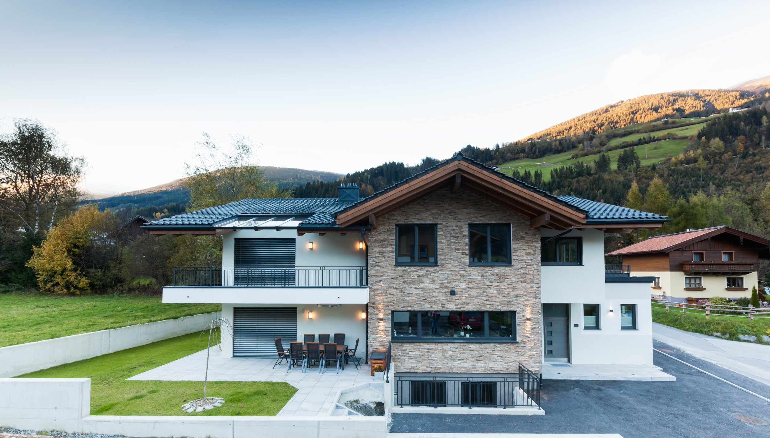 appartement-suites-liana-sophie-neukirchen-haus-front