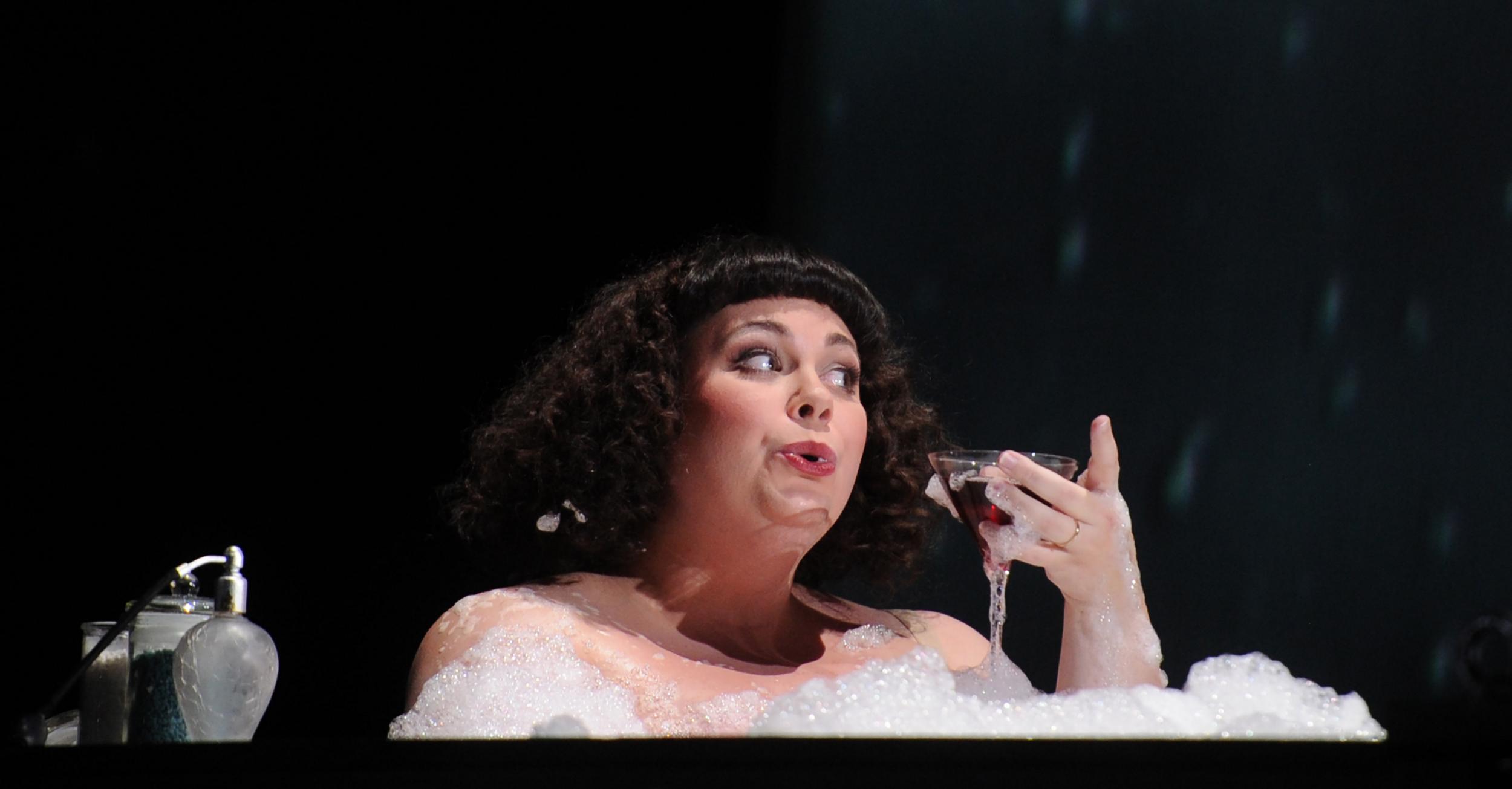 Mrs Coyle, 'Owen Wingrave', Opéra National de Lorraine