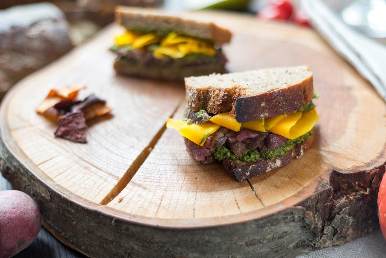 Sandwich Zwiebelconfit
