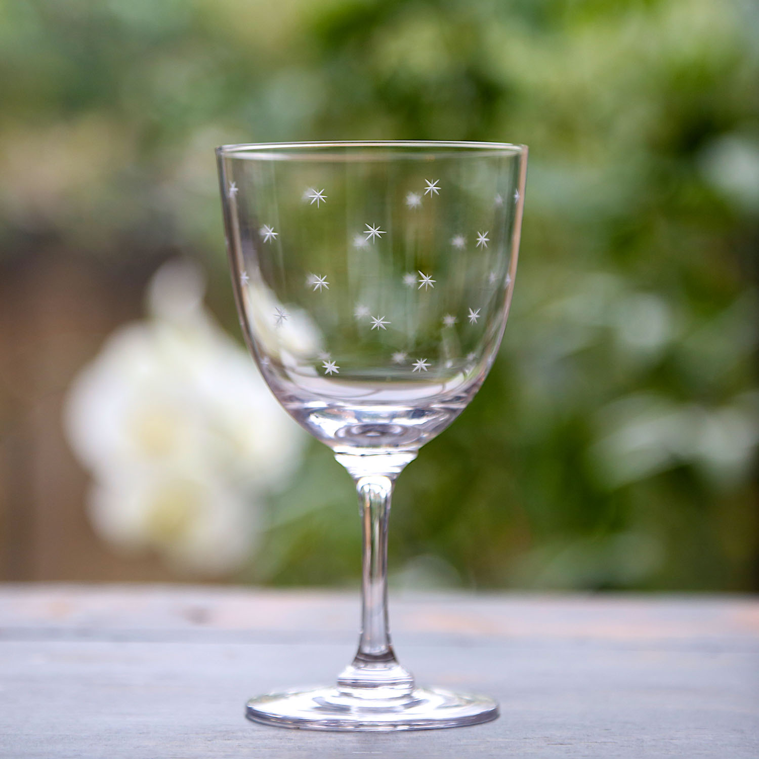 WINE GLASSES   A traditional bowl shape, with long, fine stem, it can be used for red or white wine.