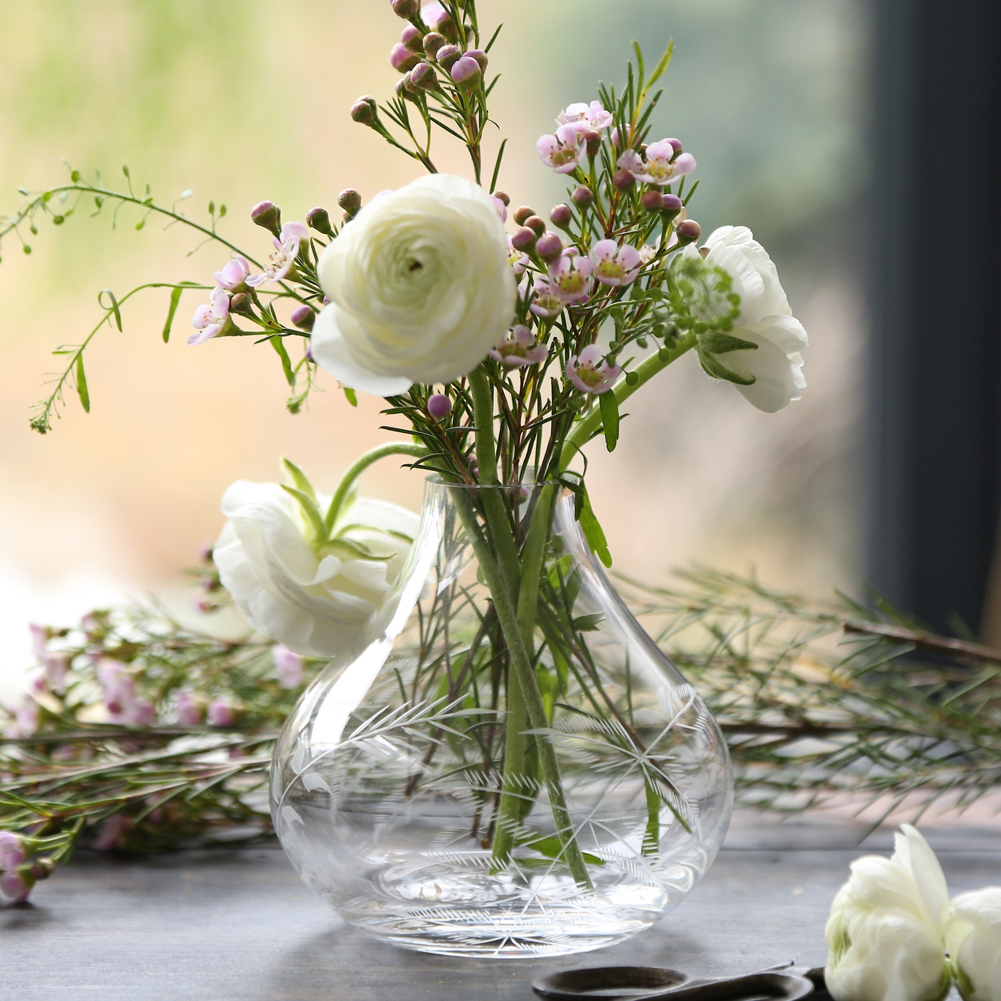 VASES   Small tear drop vases, perfect for short stems.