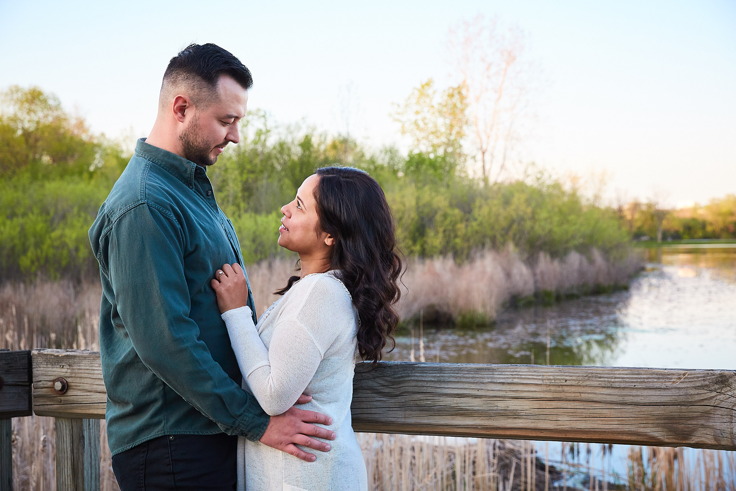 Mead & Joey (e-session)_1073.jpg
