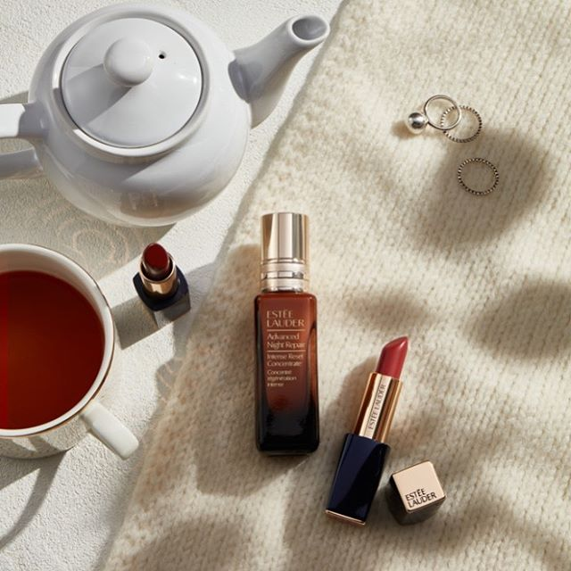 Coffee or tea?⁠⠀ New work for @esteelauder⁠⠀ #esteelauder #beautyphotography⁠⠀. shot by the highly talented @tommedvedich and styled by our fave @stilllifestylist ⁠⠀ ⁠⠀