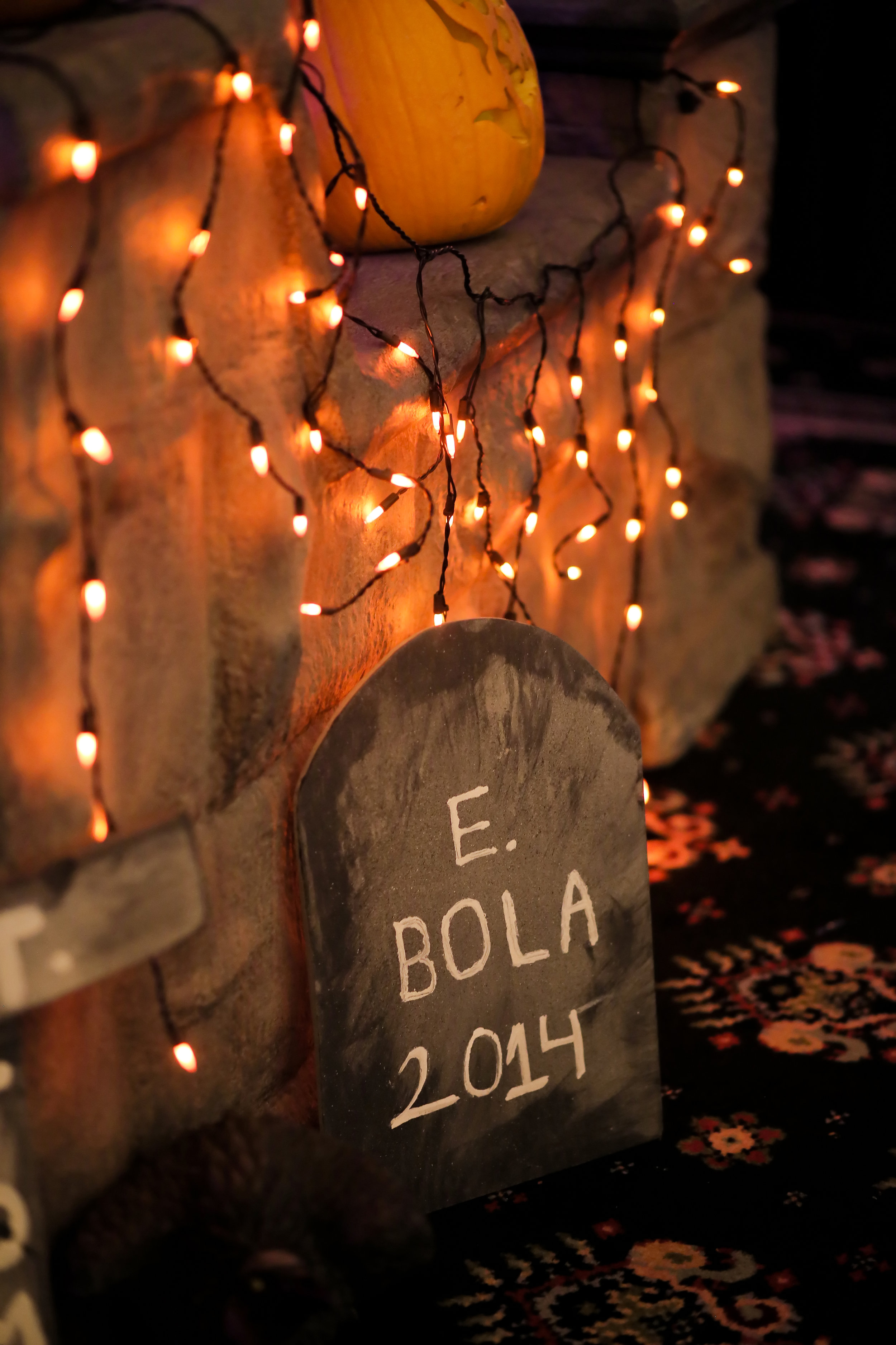 Spooky Chic Halloween Party | Halloween Party Inspiration | Halloween Decor | Michelle Leo Events | Utah Event Planner and Designer | Pepper Nix Photography