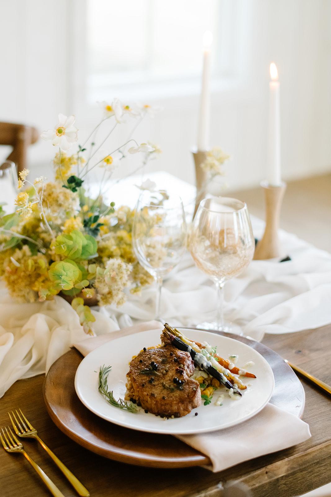 Autumn Wedding Inspiration | Rose Gold Wedding Details | Fall Wedding Floral | Rocky Mountain Bride Magazine | Michelle Leo Events | Utah Event Planner and Designer | Heather Nan Photography