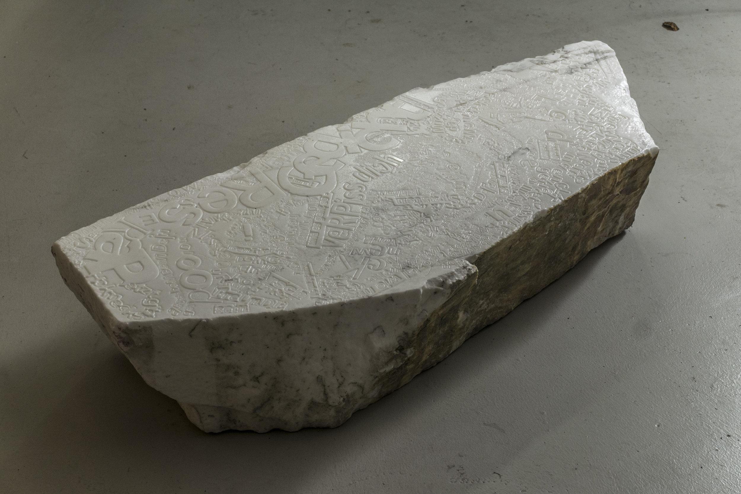 lukas liese punchlines rap marmor skulptur marble sculpture.jpg
