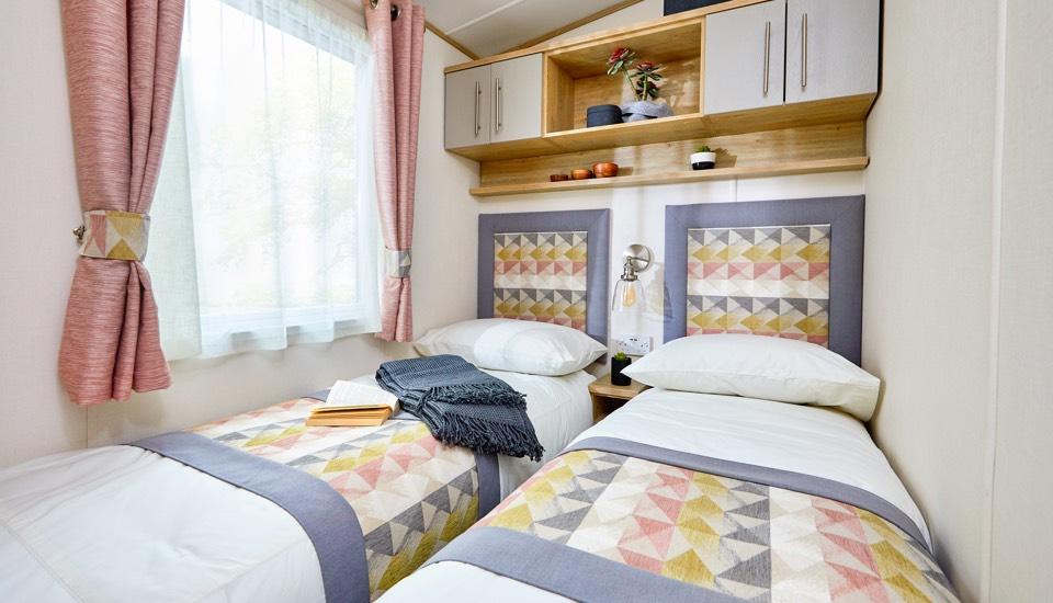 The-Beverley- bedroom twin.jpg