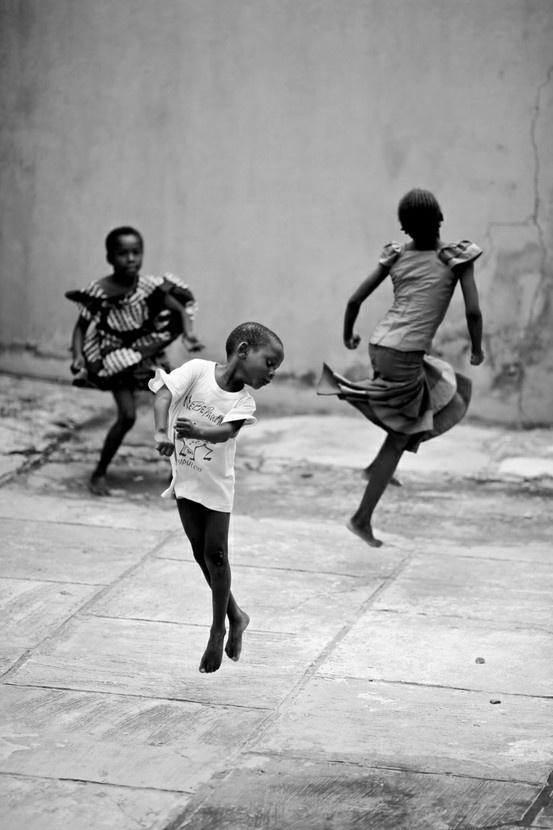 Stages-danse-africaine-Villeneuve-les-Avignon.jpg