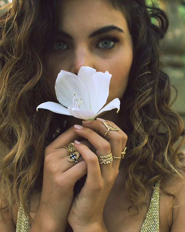 Friiiidaaayyyyyy 🌸 📸@theglasszipper  Model: @alea.rain ✨ ✨ ✨ #bjoijewelry #bgenuineblovebjoi #futureheirlooms #madeinla #handmade #jewelry #sculpturejewelry #sculpturedjewelry #sculpturaljewelry #handmadejewelry #gold #alternativebride #alternativebridal #ring #rings #altbride #altbrides #uncommonbride #alternativeengagementring #alternativewedding #jewelryADD #ojai #losangeles