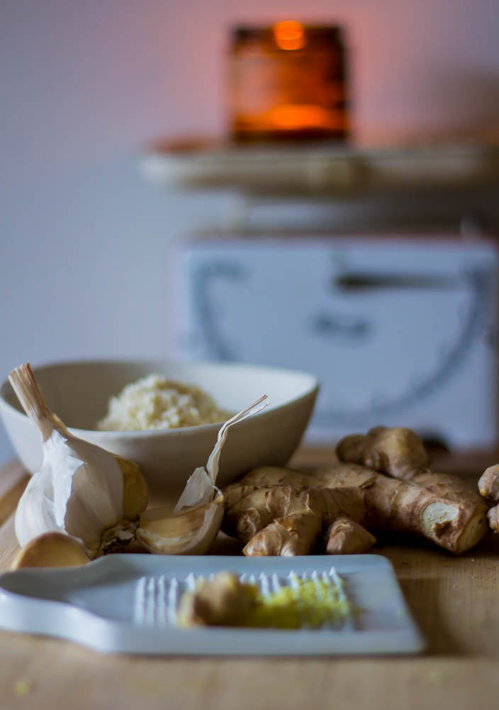horseradish, garlic and ginger prep
