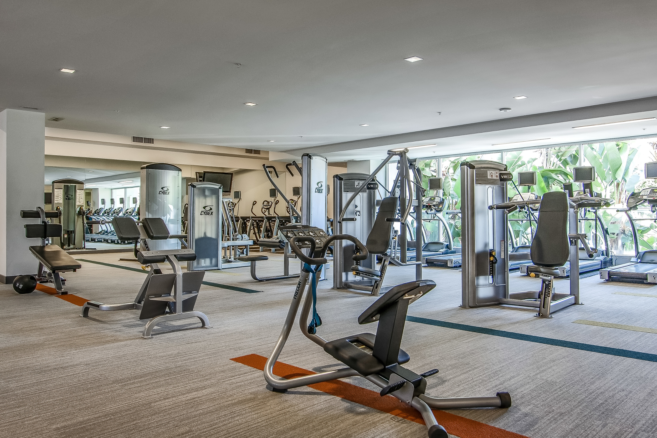 014-Exercise_Room-637023-large.jpg