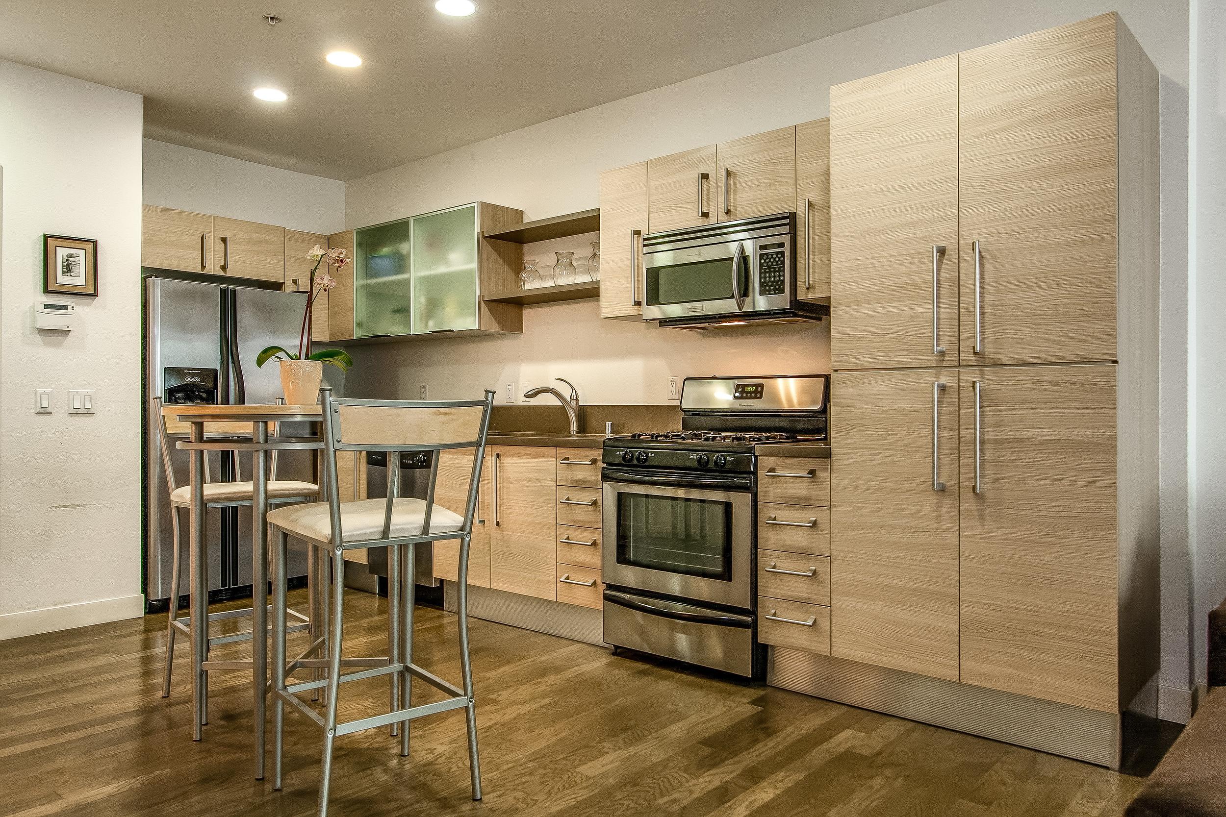 005-Kitchen-637009-large.jpg