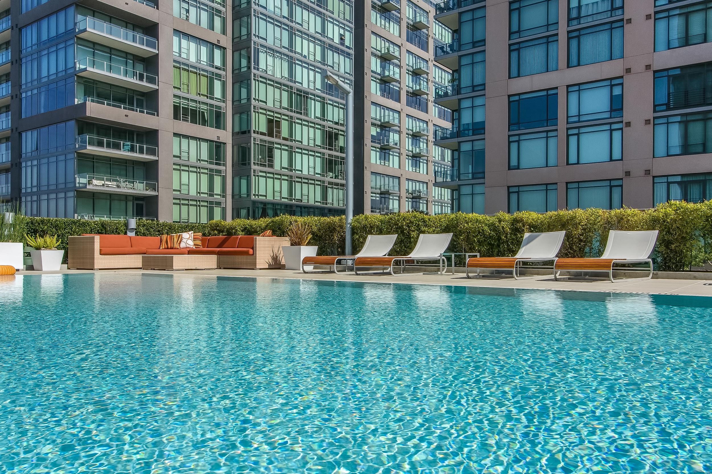 000-Pool-455759-large.jpg