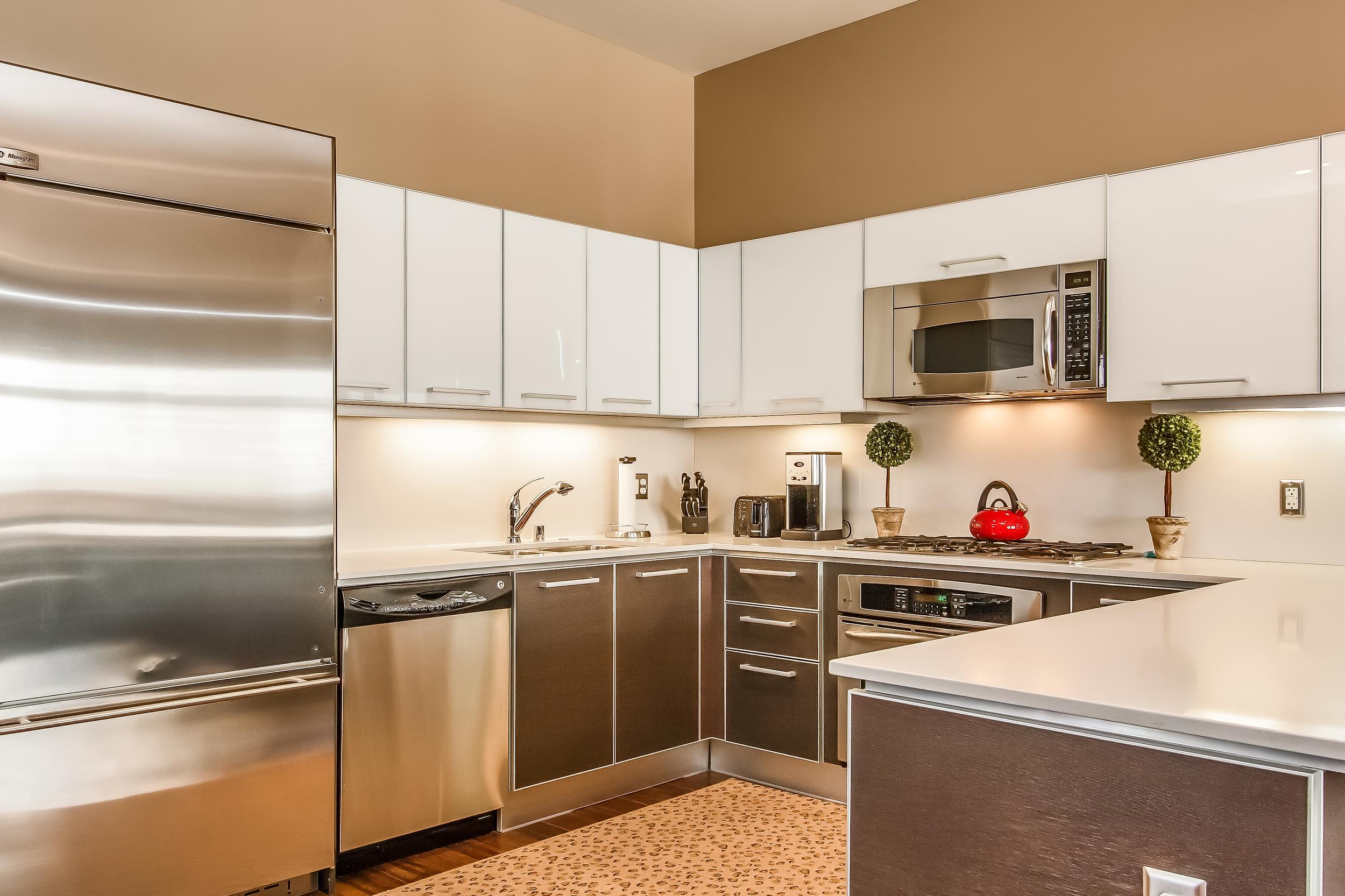 000-Kitchen-513545-large.jpg