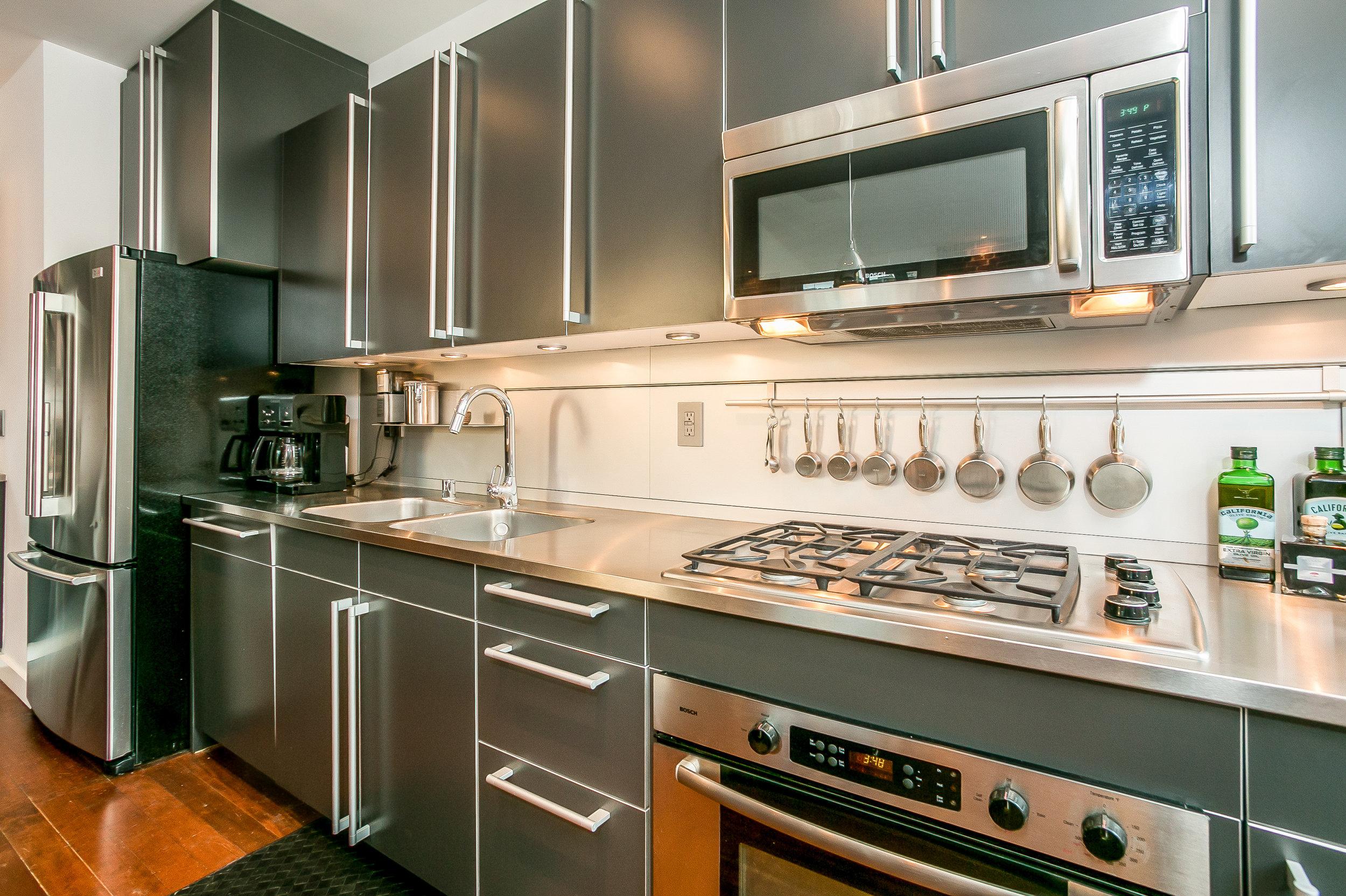 020-Kitchen-3508510-large.jpg