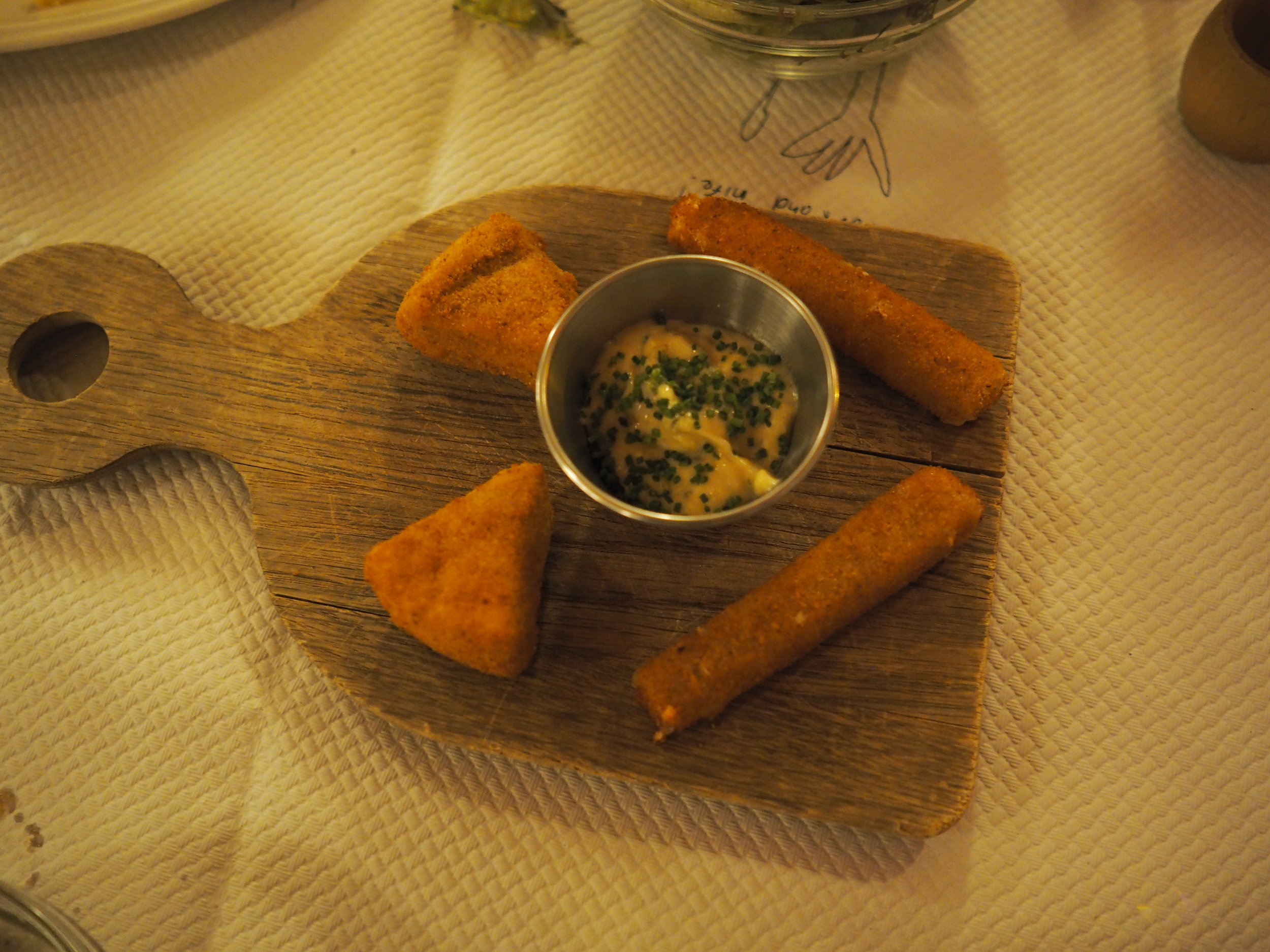 cheese croquettes. I just had to take a moment of silence to pay respect to the deliciousness that was this starter…….and wipe the drool off my keyboard.