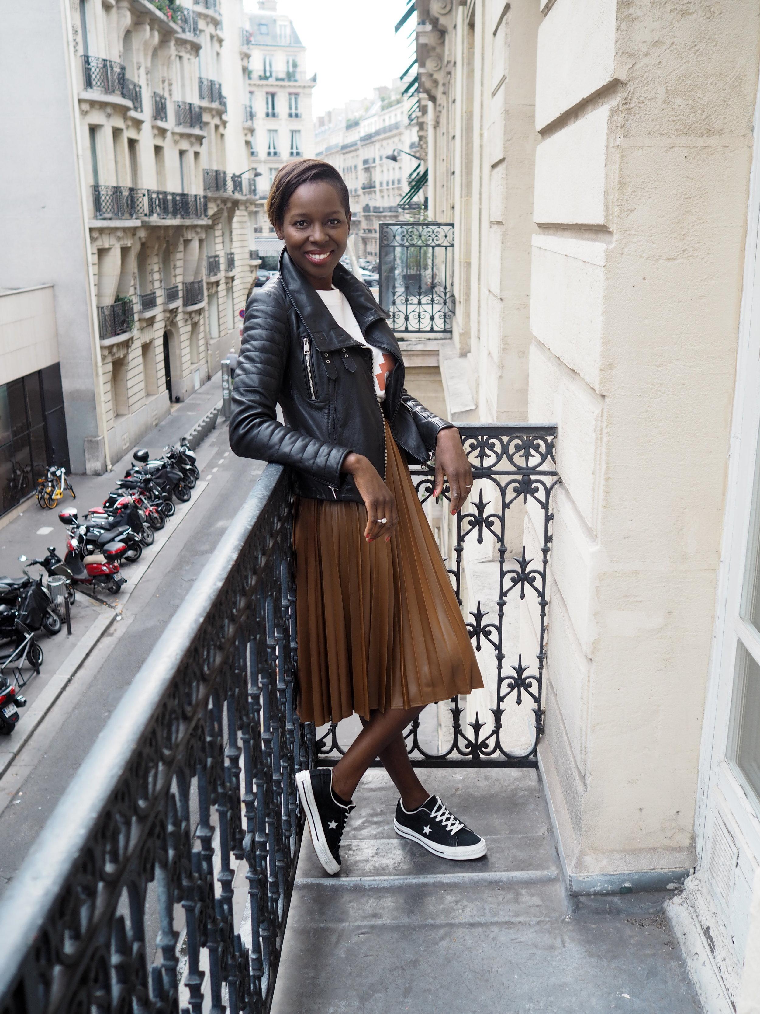 photo du jour sur le balcon  (oui oui, we be Francais Francais now!)