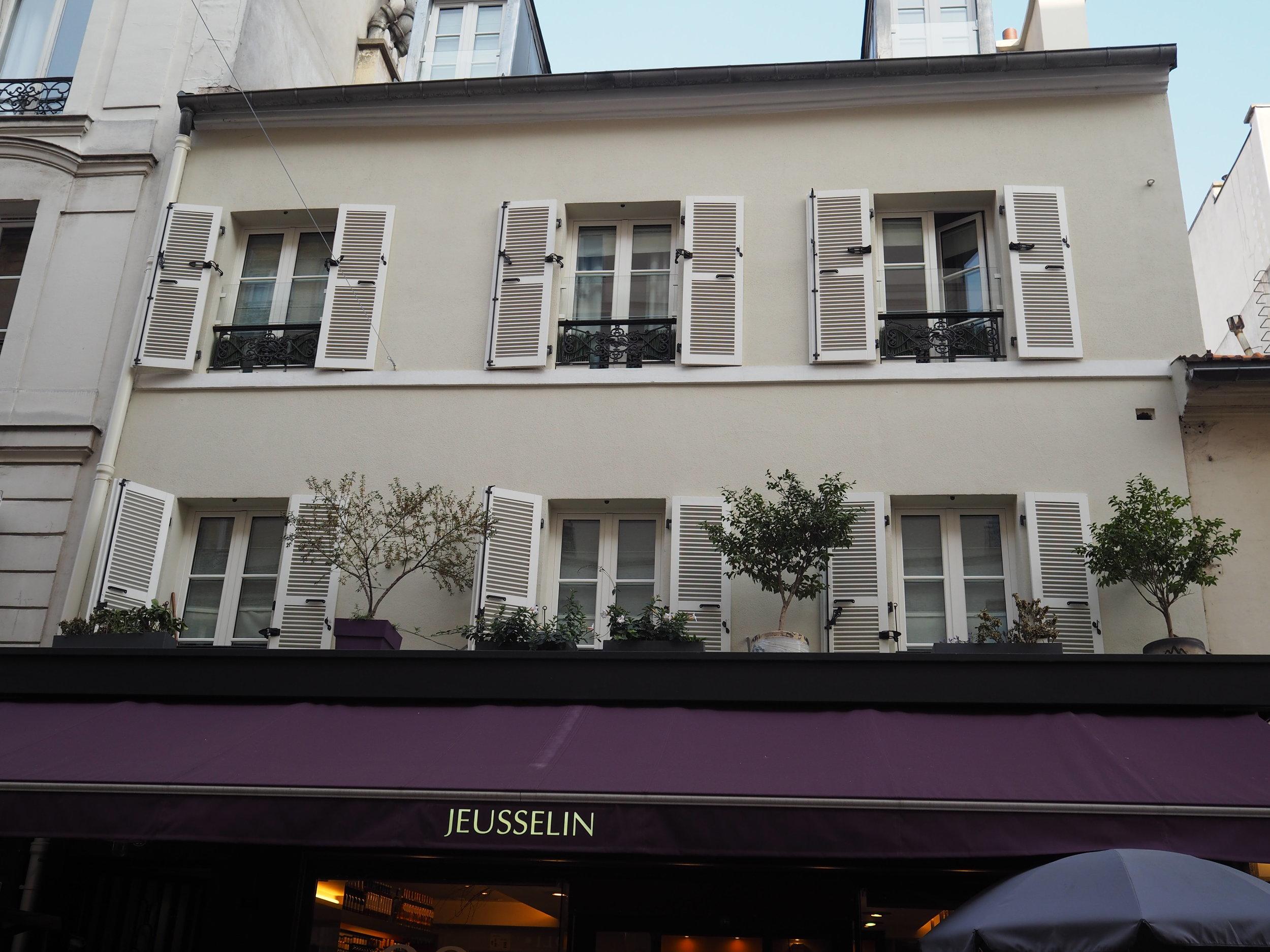 rue cler's oldest building.